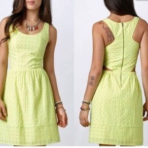 American Eagle / neon yellow eyelet dress